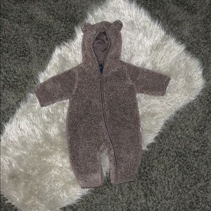 Baby gap hooded Sherpa 1 peice